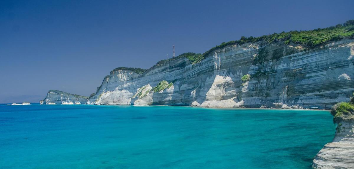 Explore stunning Greek beaches